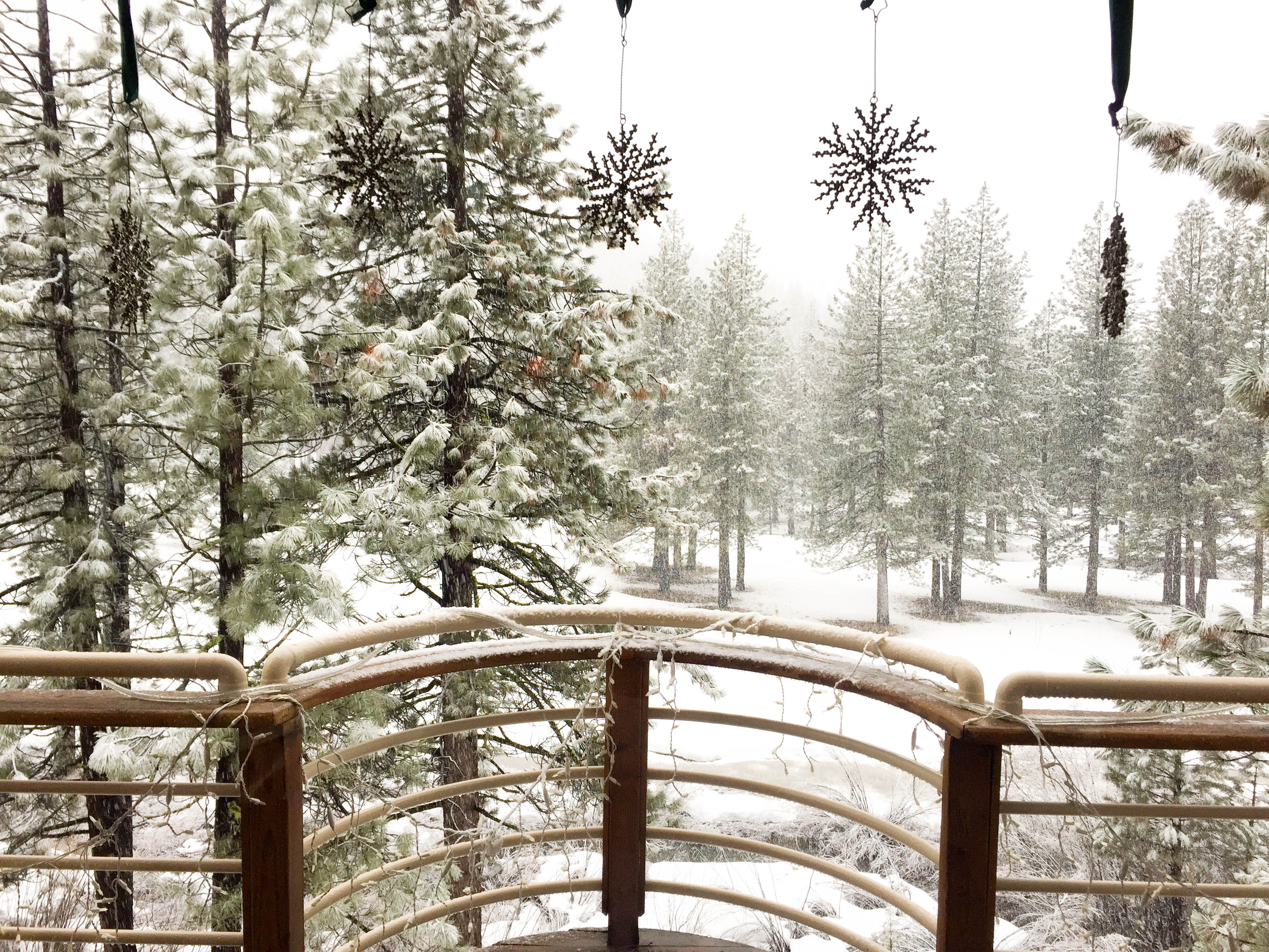 LakeTahoe_snow_deck_view
