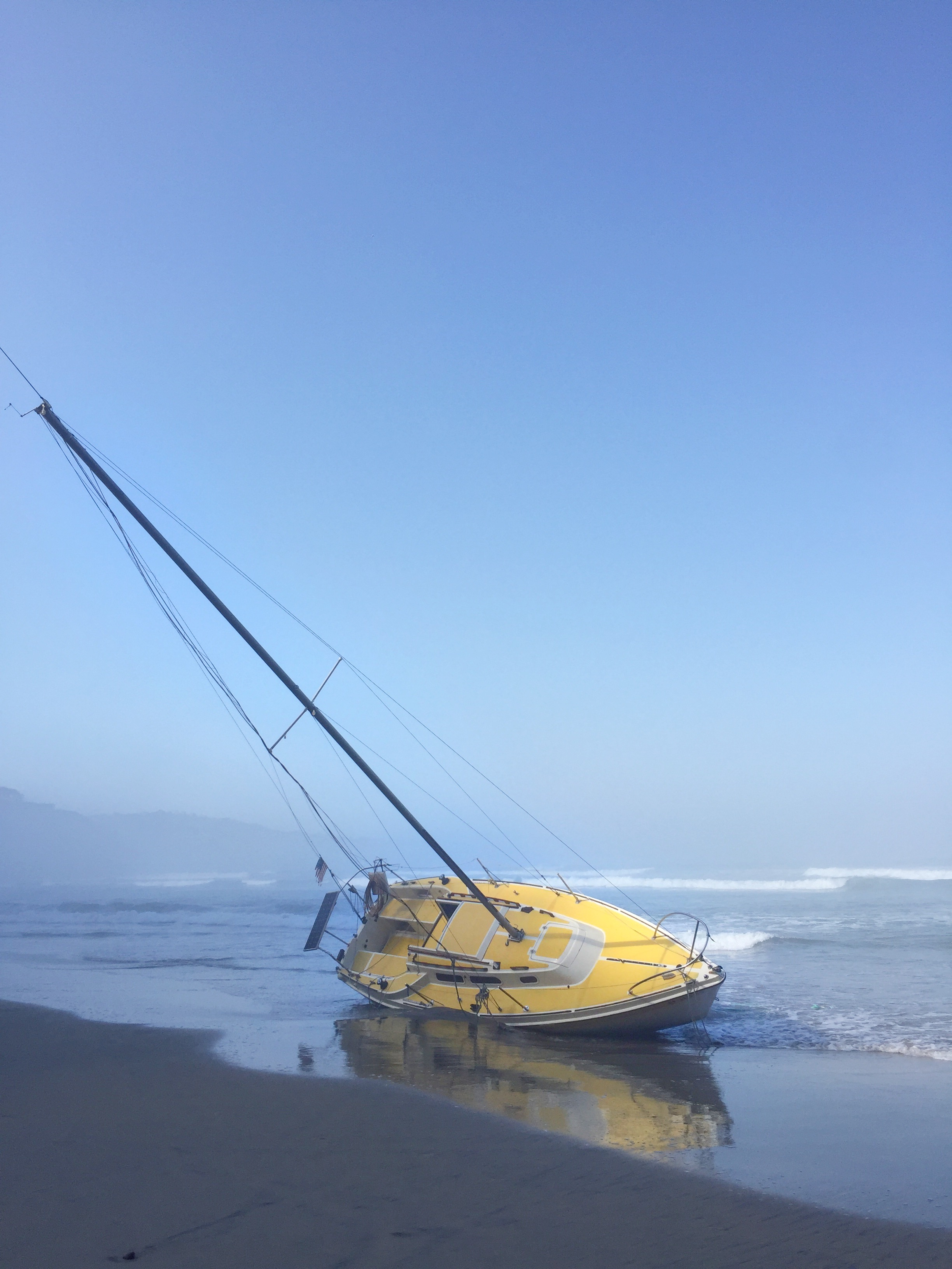 Blacks_Beach_Boat