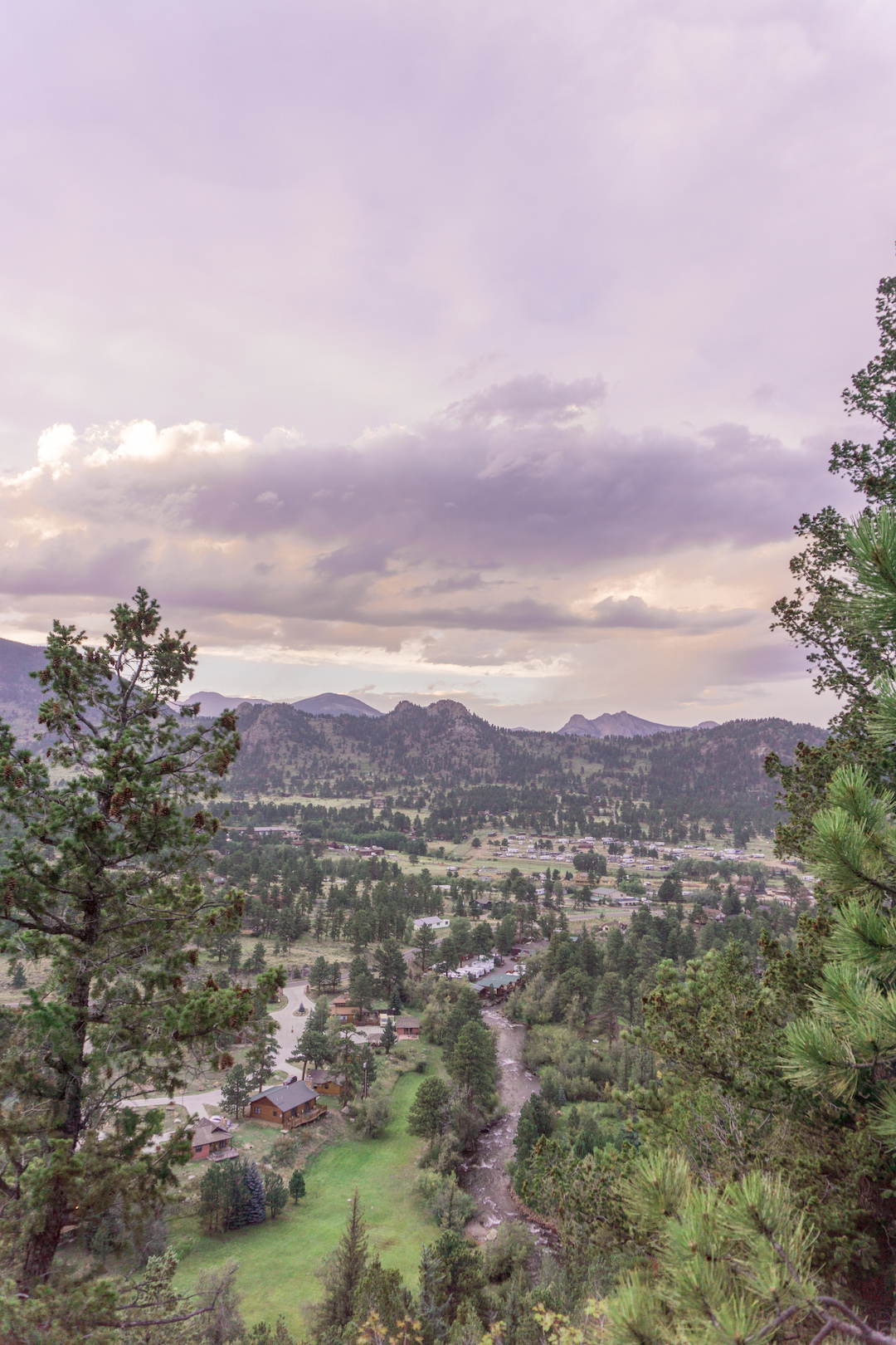 Her_Travel_Edit_Estes_Park_Sunset