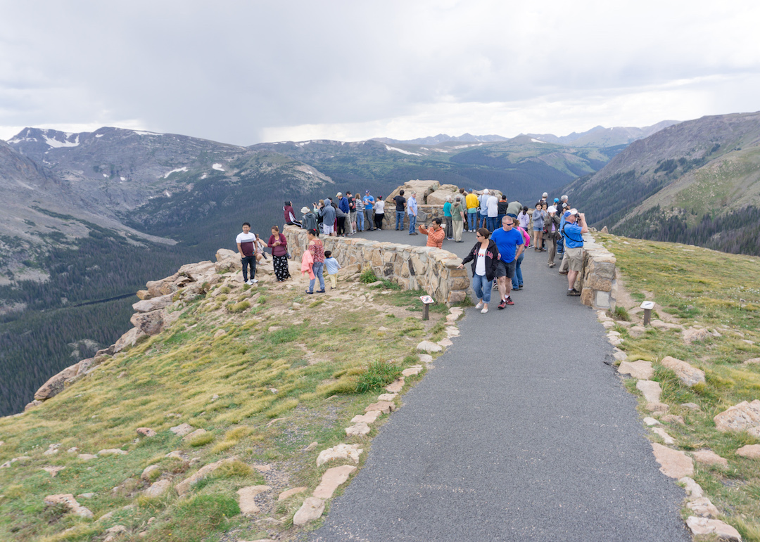 Her_Travel_Edit_Rocky_Mountains_Bad_Tourists