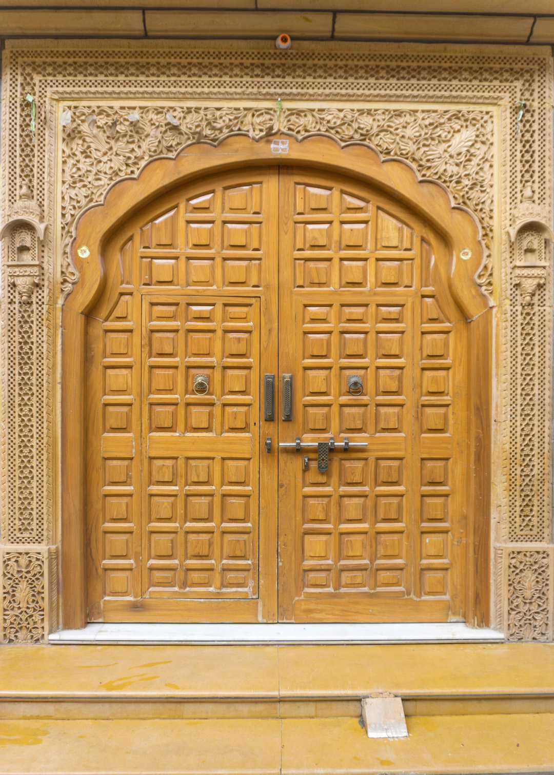 Jaisalmer_Door_Her_Travel_Edit