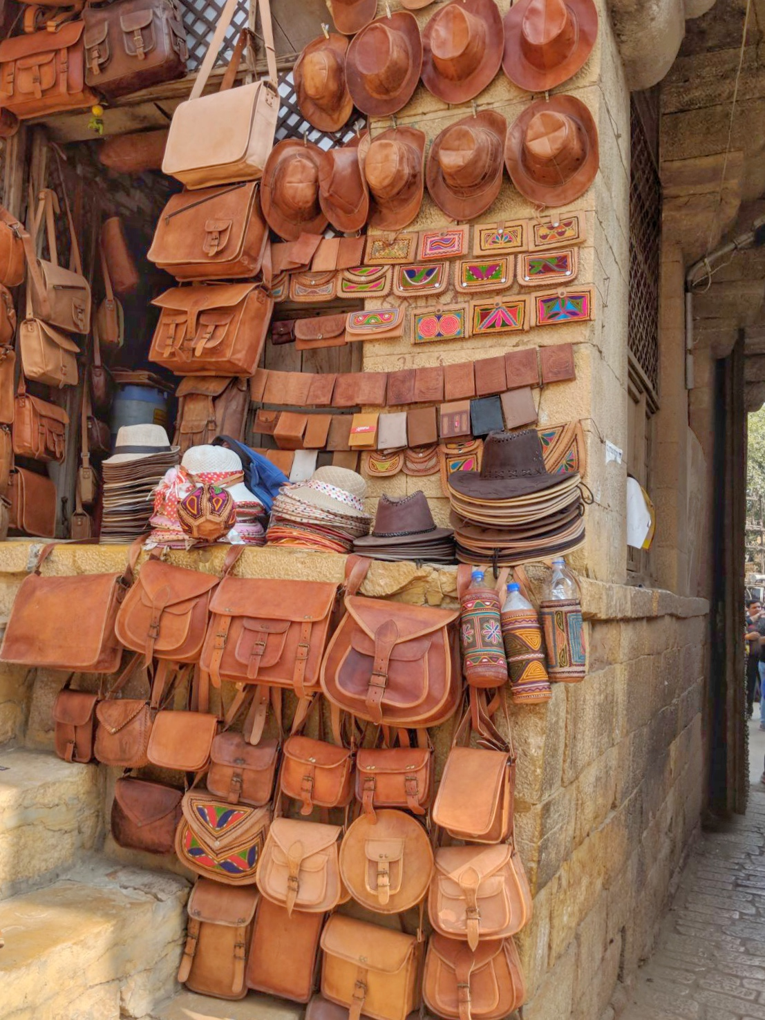 Jaisalmer_Leather_Goods_Her_Travel_Edit