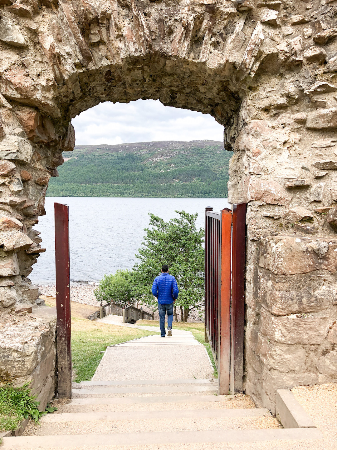 Walking to the Banks of Loch Ness
