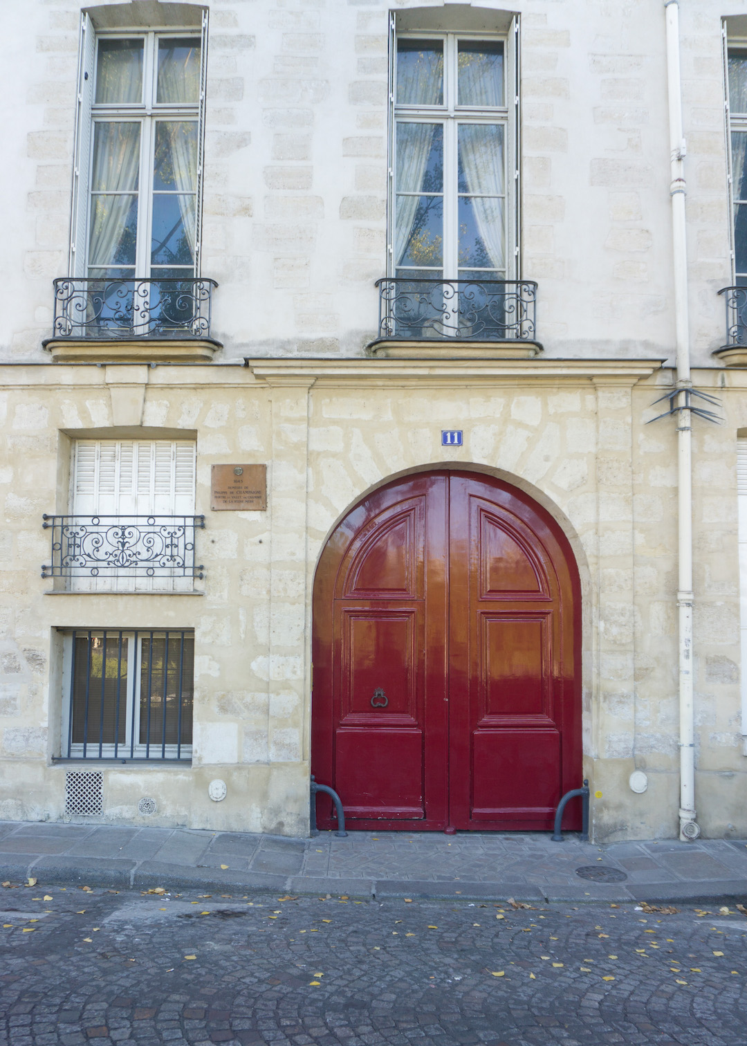 Classic Red Door Paris