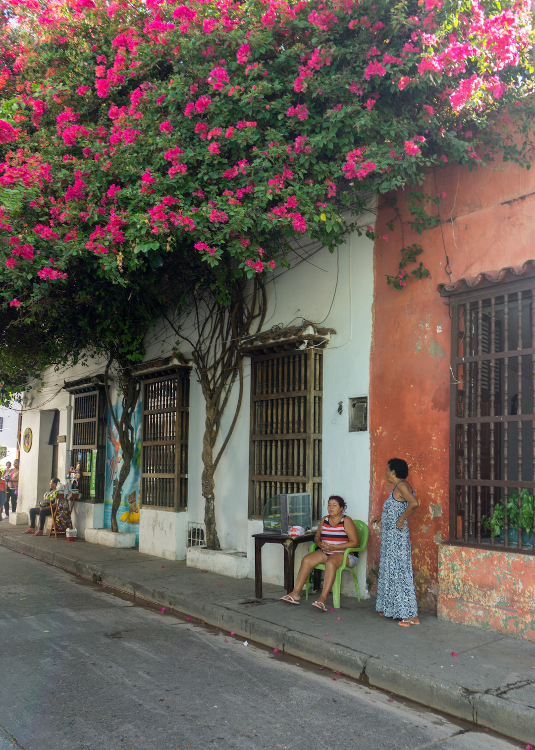 A Morning Walk in Getsemani, Cartagena – one of the hippest neighborhoods in the world