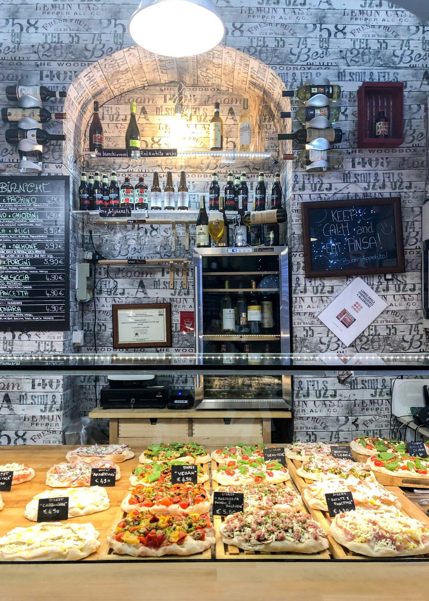 Pinsa M Po Pizza shop in Rome