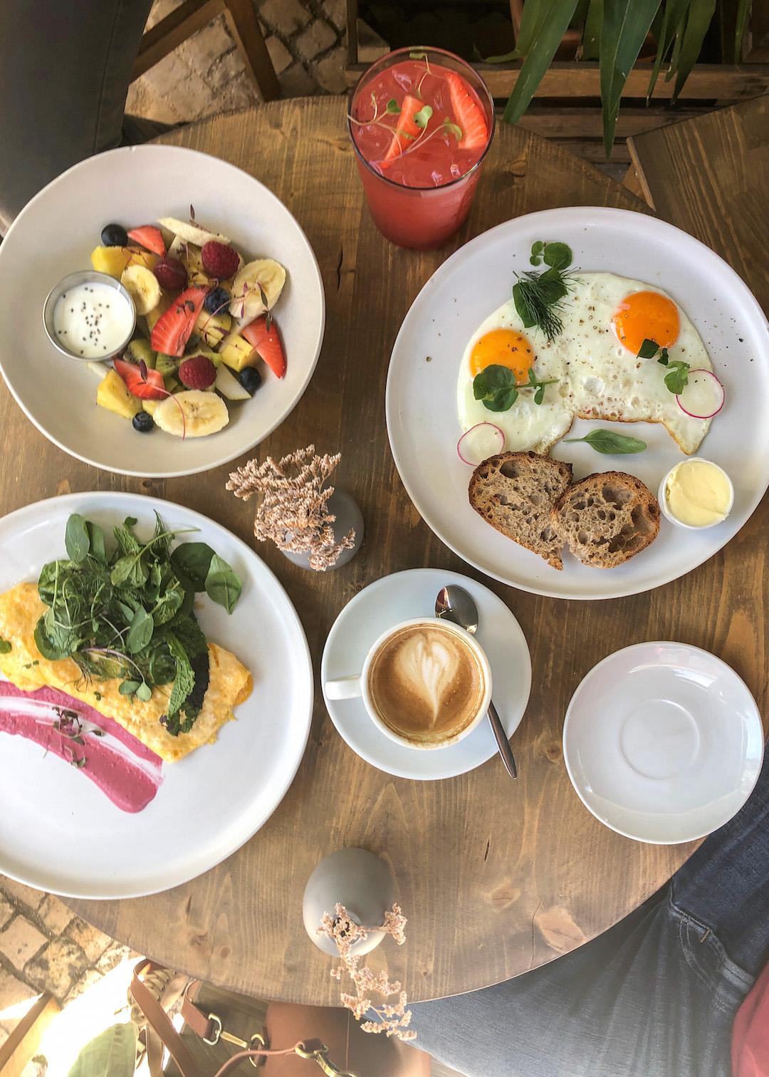 Heim Cafe Breakfast